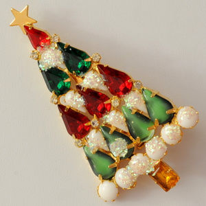 Czech glass rhinestone Christmas tree brooch pin